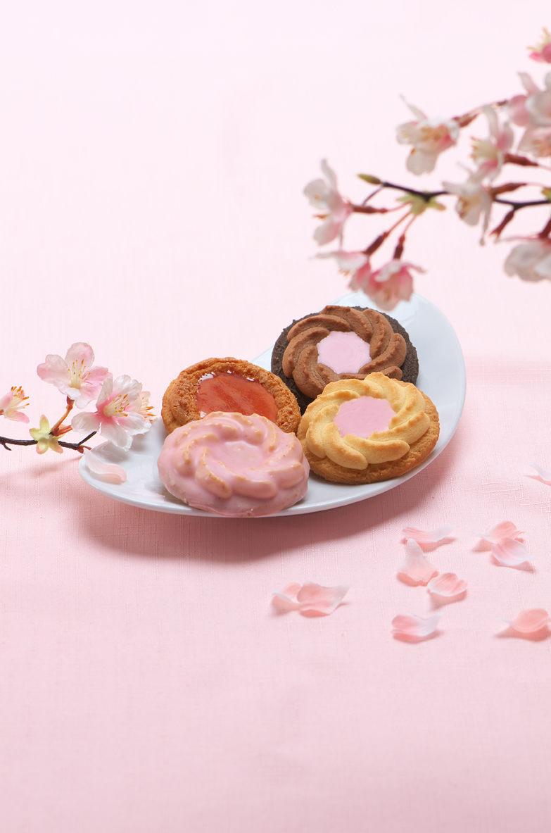 春の店頭にはやっぱり桜!